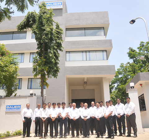 The team of the BAUER subsidiary in India